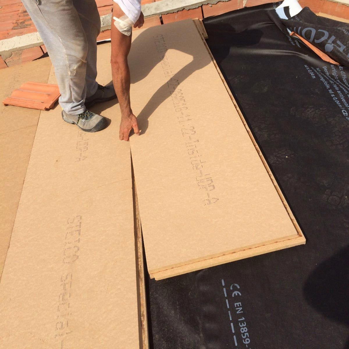 Fiber Wood Insulation FiberTherm Special panels installation on roof